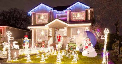 Putting Up Your Christmas Decorations Early Makes You Happier, Experts Claim