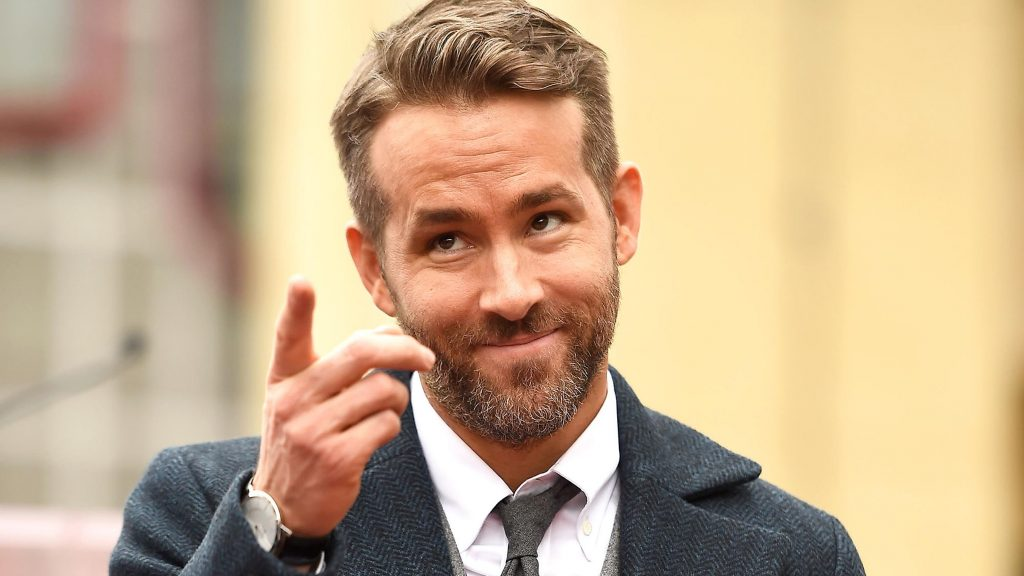 Ryan Reynolds gave hilarious respond to Joker's success on box office.