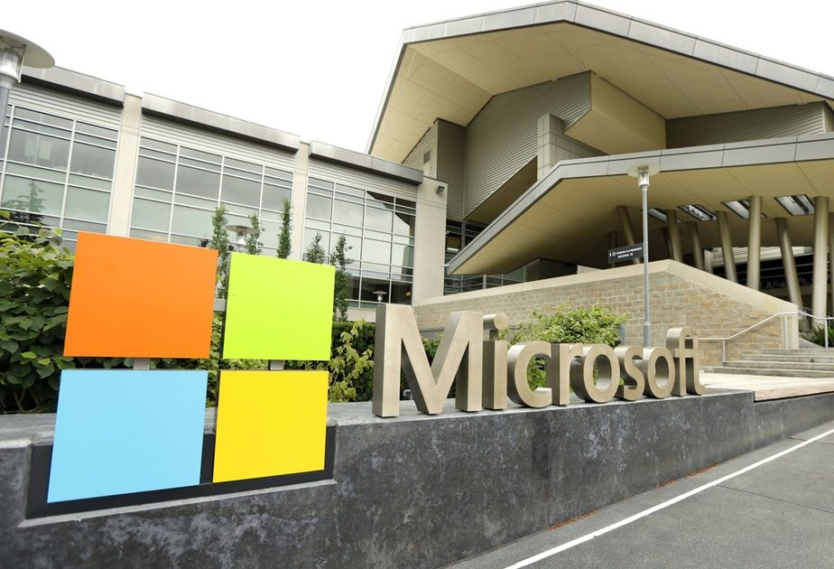 Two employees of Microsoft are positive with covid-19 virus.